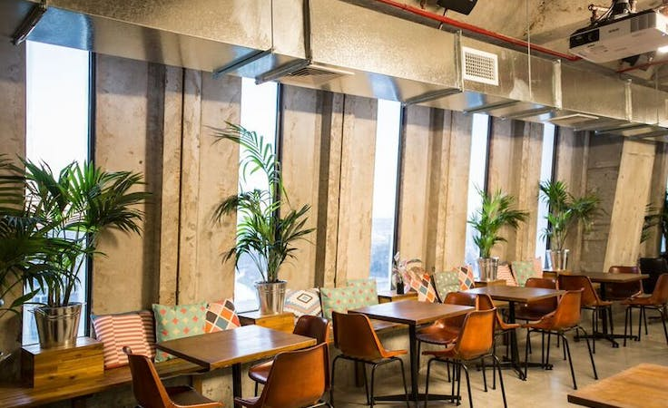 Trendy loft space for team gatherings, image 1