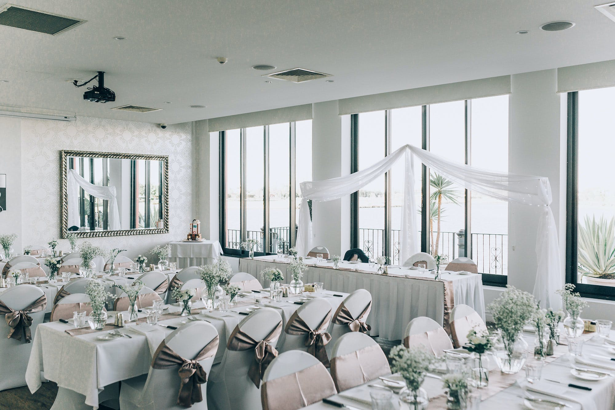 Function room at LakeFront Events, image 1
