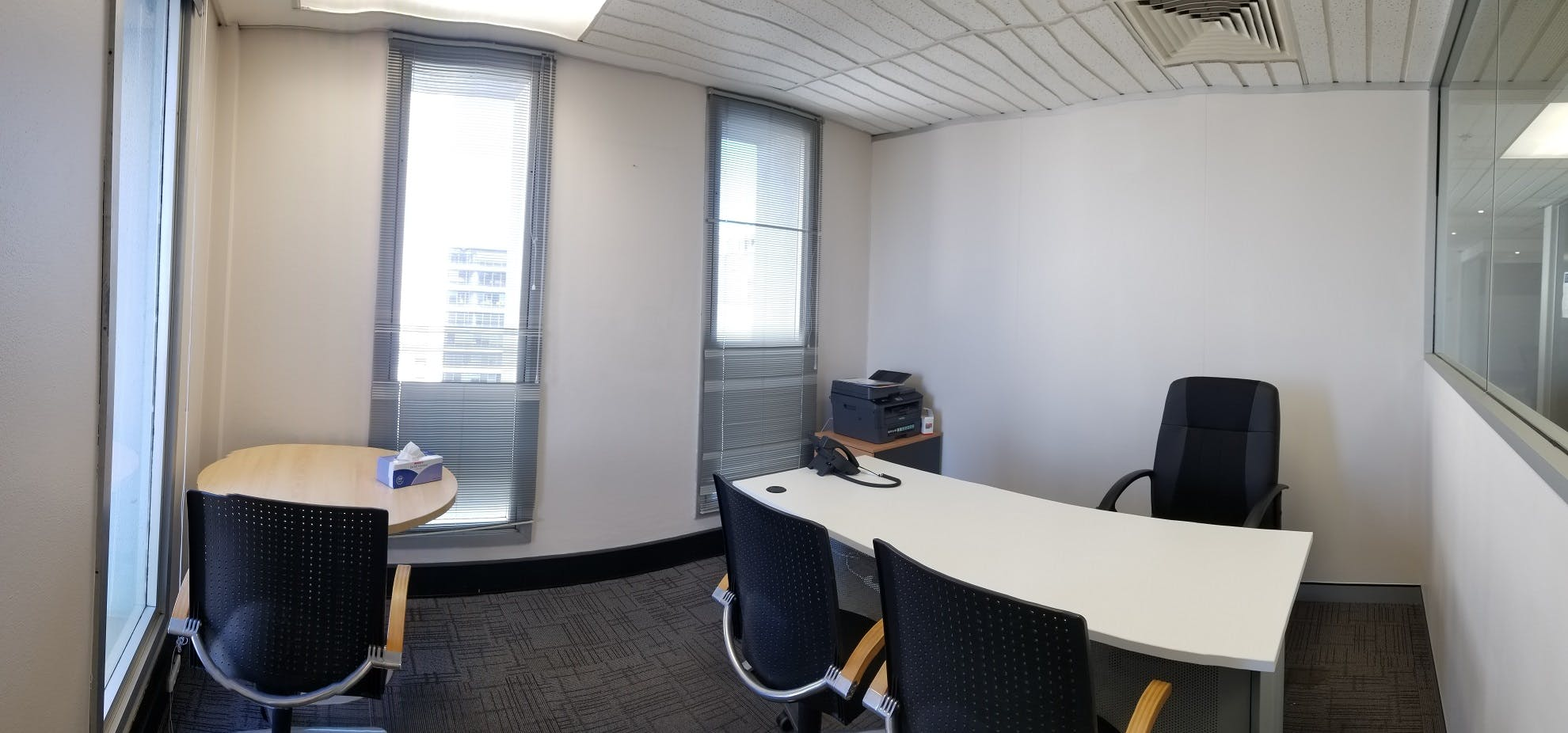 Serviced office at 10 Hobart Place, image 6