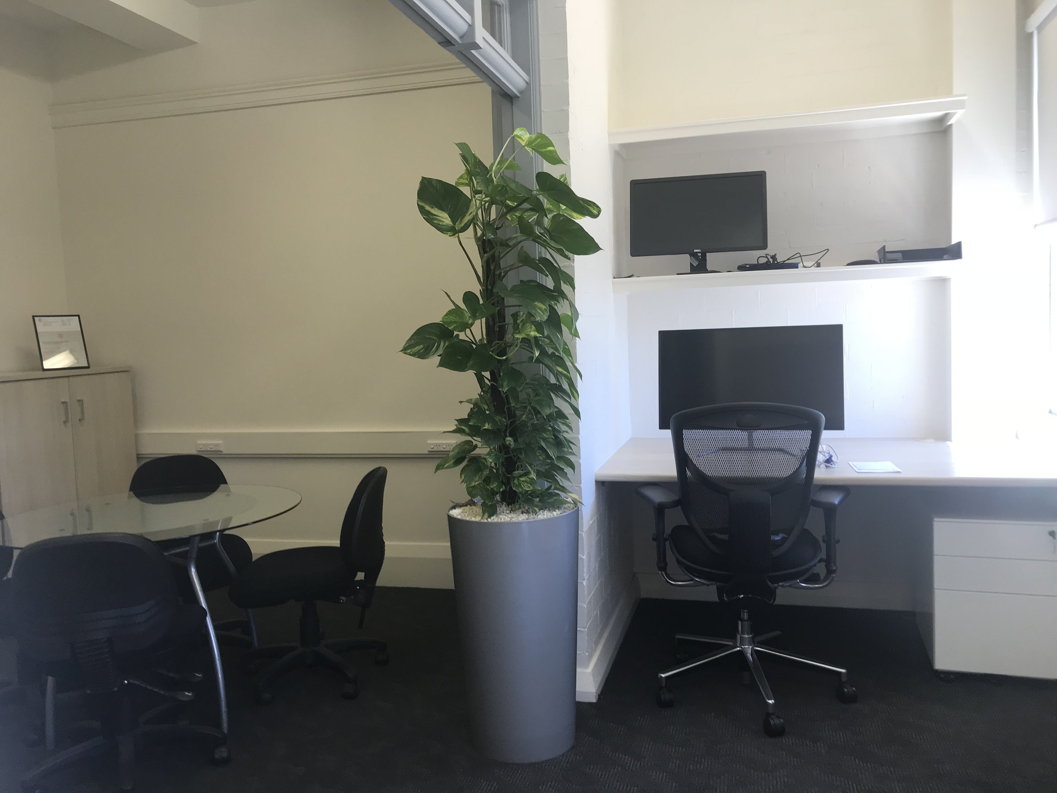 Private office at Rose Bay, image 3