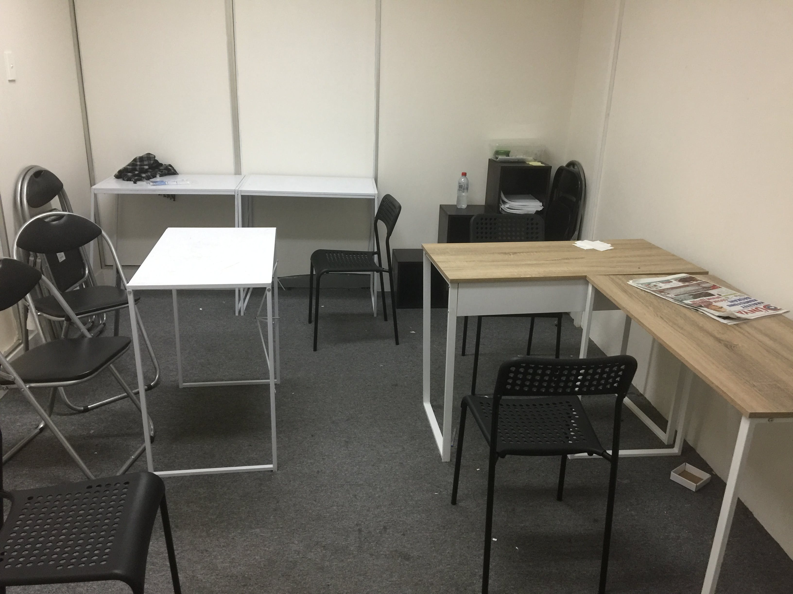 Shared office at Auburn tutoring and office space, image 4