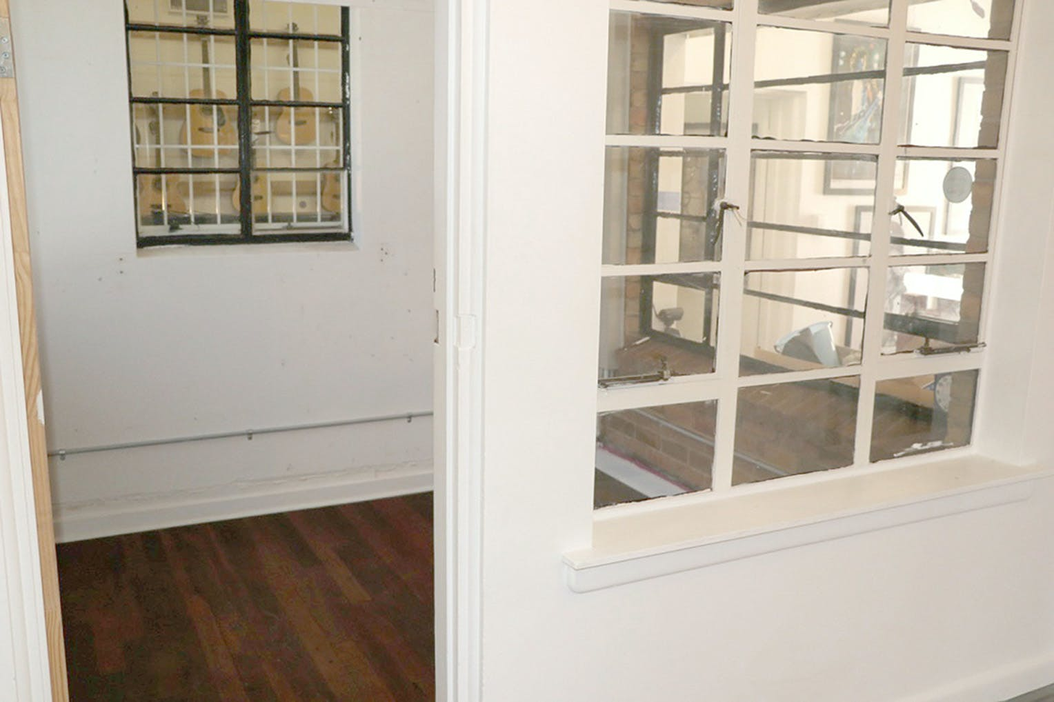 3 Rooms 30 sq meters, multi-use area at The Guitar Colonel, image 4
