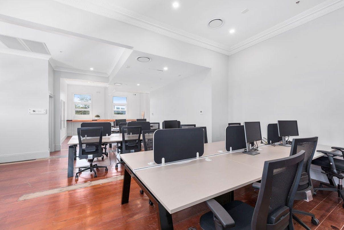 Hot desk at Ideal Space | Balmain, image 1
