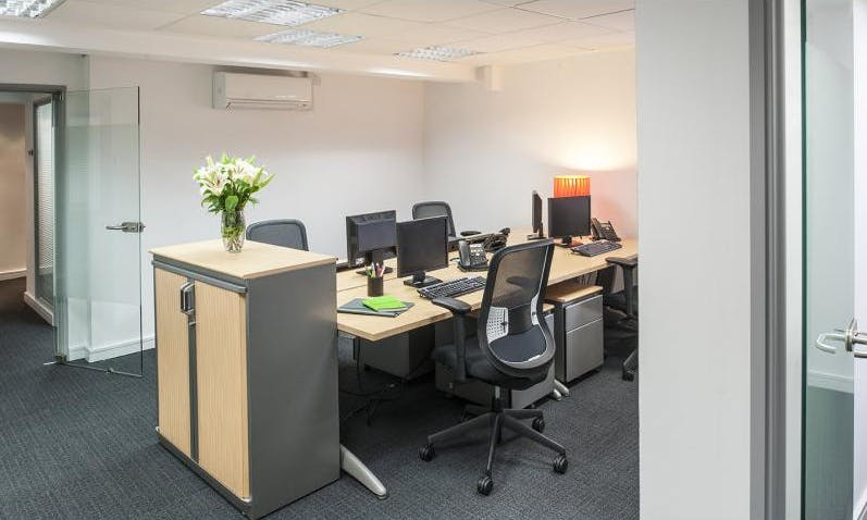 Private office at Regus Express, image 1
