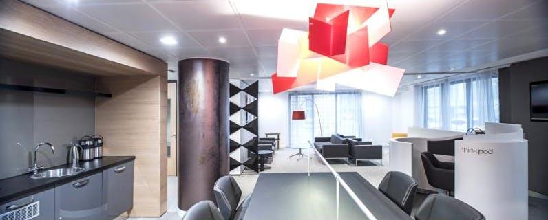 Dedicated desk at Regus Express, image 4