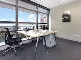 Private office at Coca-Cola Place, image 1