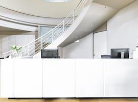 Virtual office in Regus South Yarra, hot desk at Melbourne South Yarra, image 1