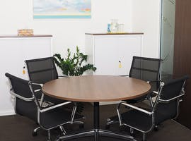 28 Lounge, meeting room at Liberty Executive Offices - Allendale Square, image 1