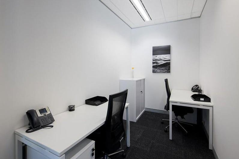 Private office at Martin Place, image 2