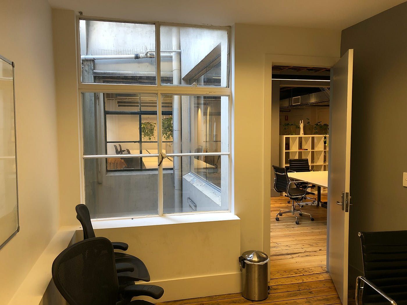 Shared office at Charter House, image 9