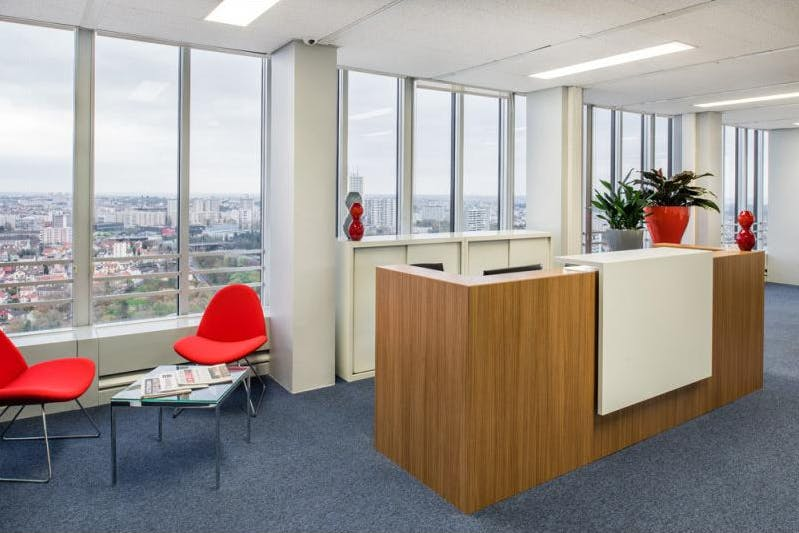 Dedicated desk at St Martins Tower, image 1