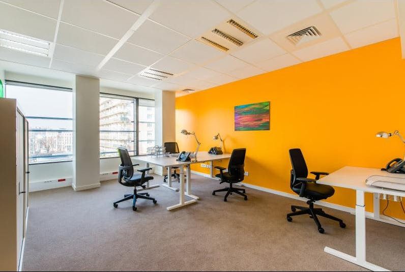 Private office at St Martins Tower, image 2