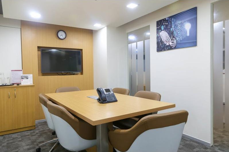 Dedicated desk at Level 28, 303 Collins Street, image 2