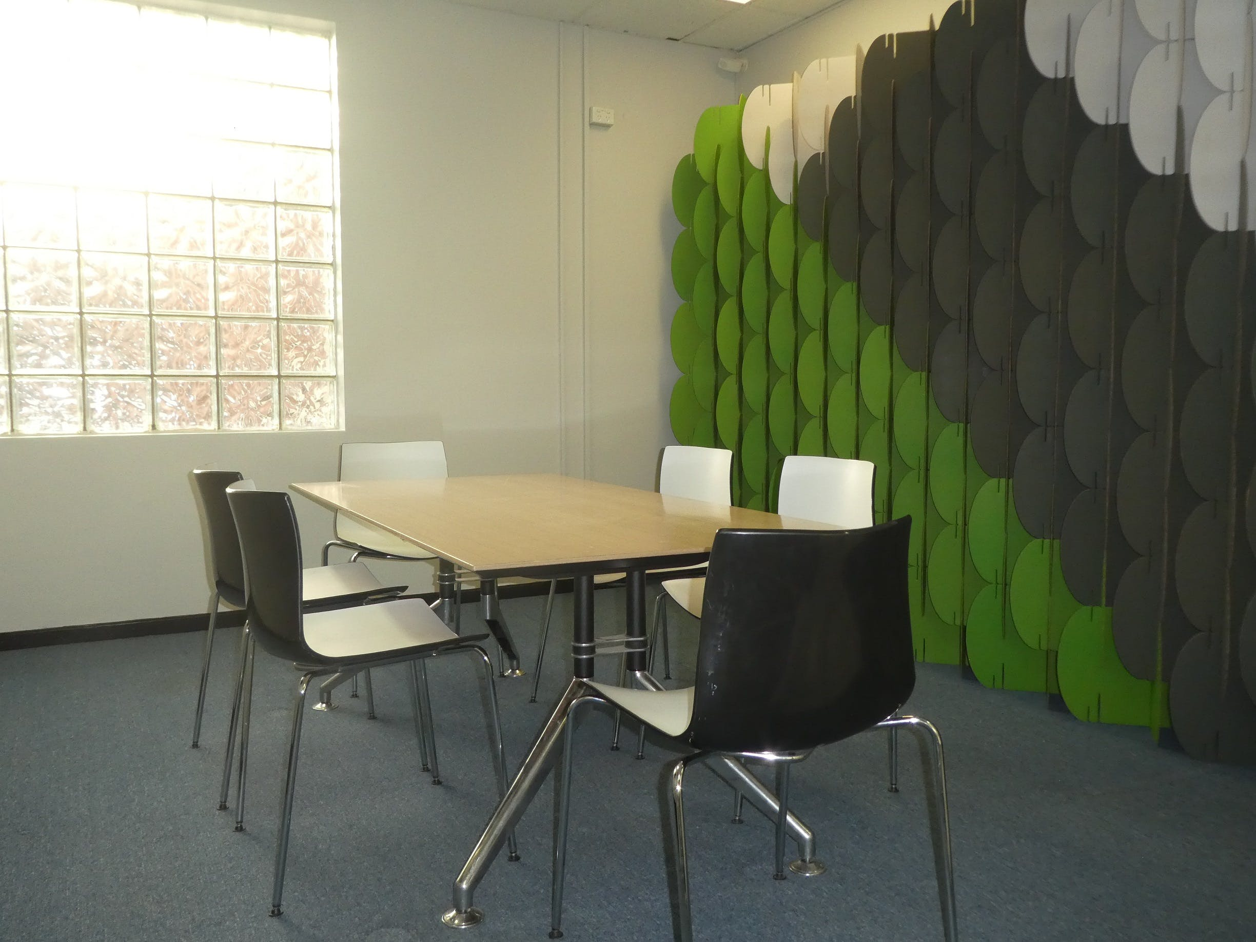 Pod space, shared office at Studio North, image 2