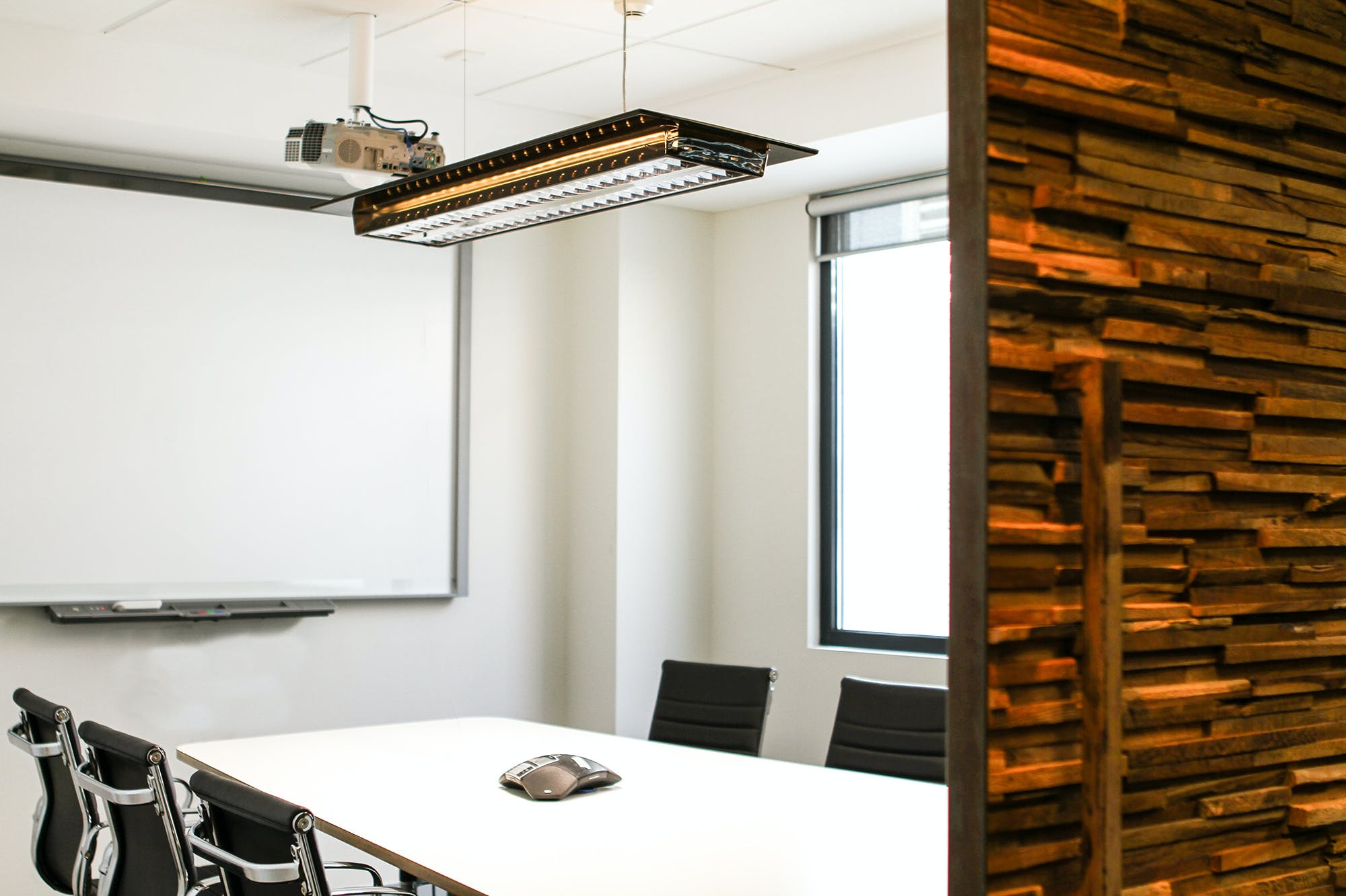 Hot desk at Officenexus, image 10