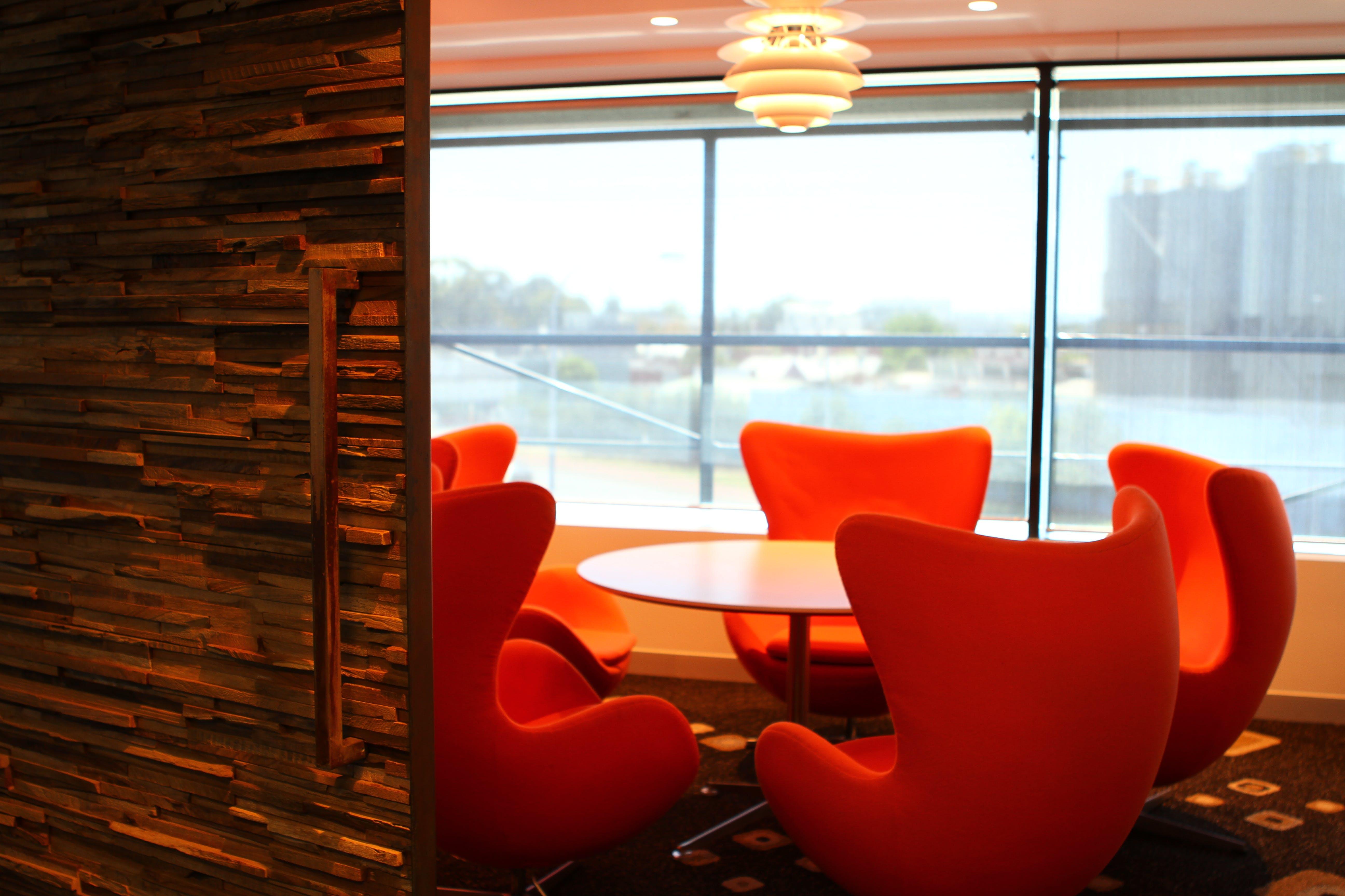 Hot desk at Officenexus, image 8