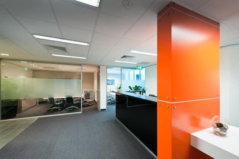 Private office at Victoria Park, image 4