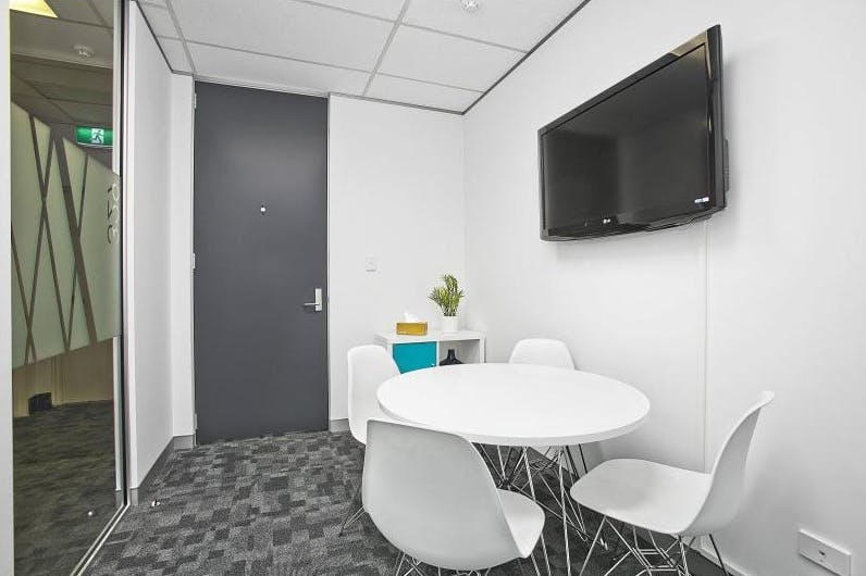 Private office at Blacktown, image 8