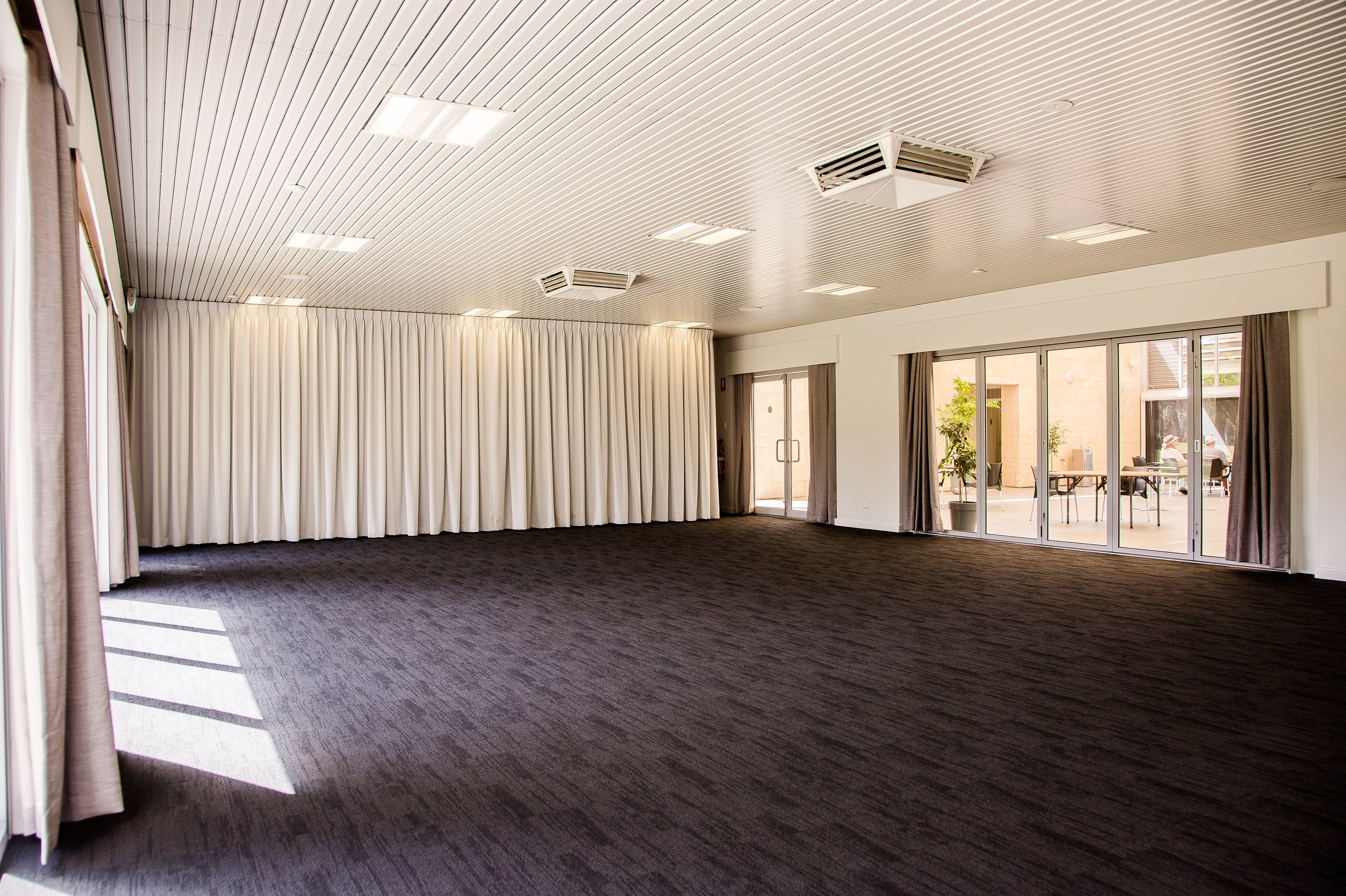 Meeting room at Point Walter Golf Course - Eagle Room, image 1
