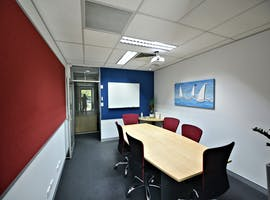 This boardroom has everything you may need for a successful brainstorm, image 1