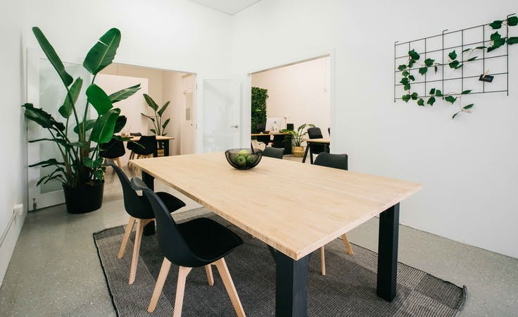 Aesthetically pleasing co-working space in Bundall, image 1