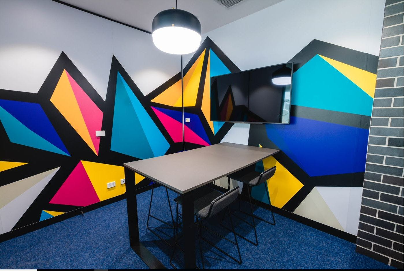 Internal with Filtered natural light, serviced office at Waterman Carribbean Park, image 4