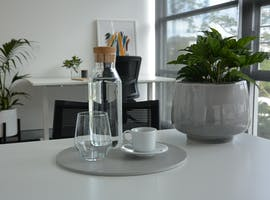 Looking for a professional co-working space in Burleigh Heads?, image 1