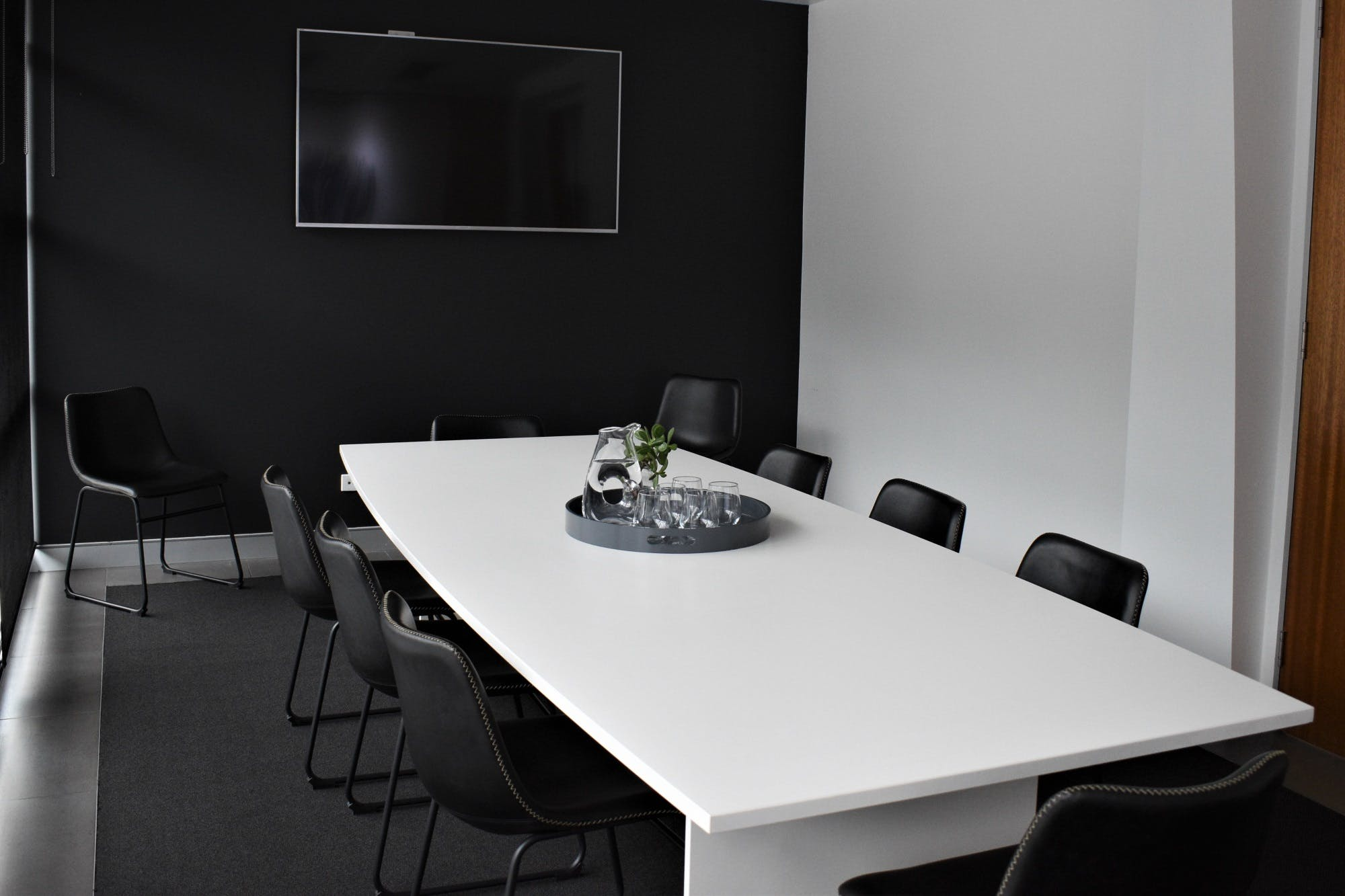 Meeting room at Fleks WorkSpaces, image 1