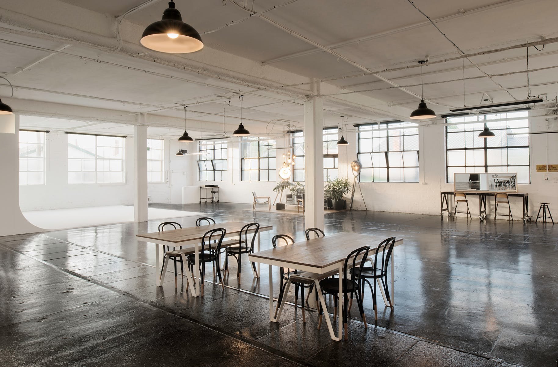 A space to transform and make your own. Entire venue at XO Studios, image 1