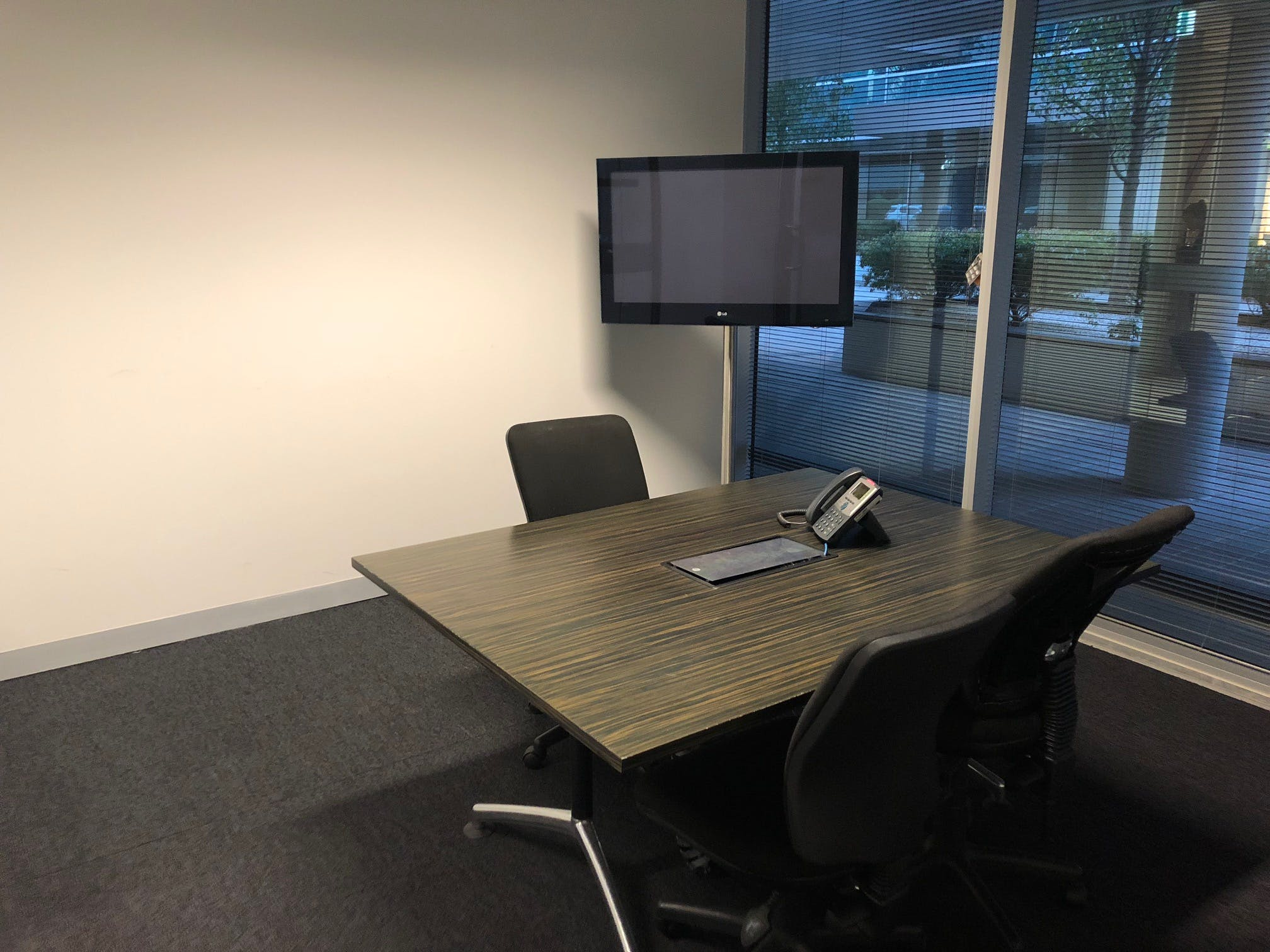 Office Space 3, private office at Unipark Business Estate, image 1