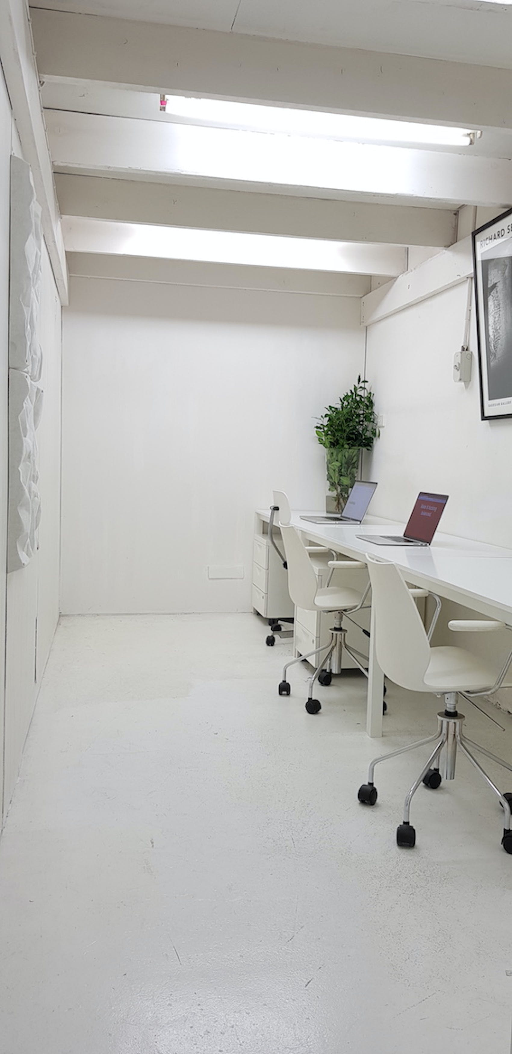 Private Office 3-4 person, private office at Independent Studios, image 1