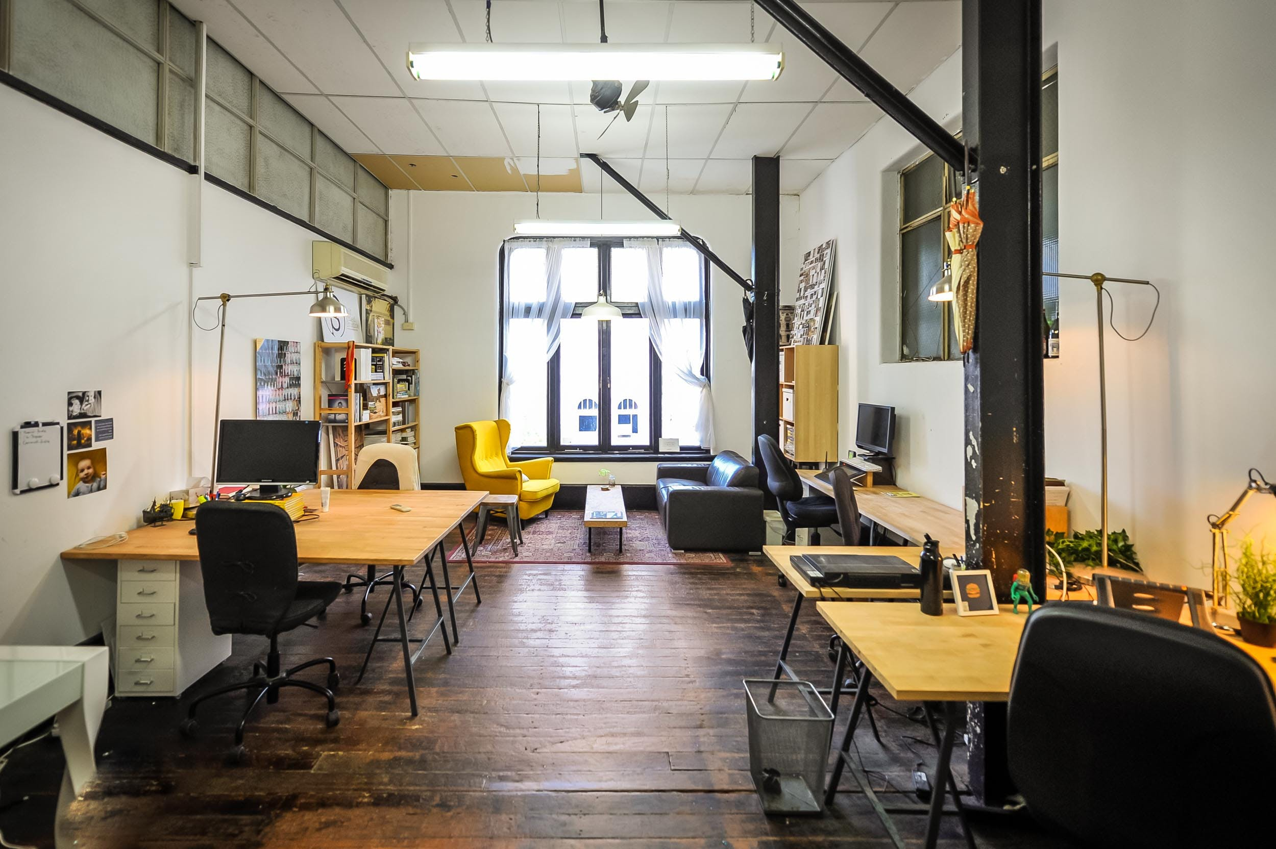 Enjoy a dedicated desk in this quirky, open-plan work space, image 1