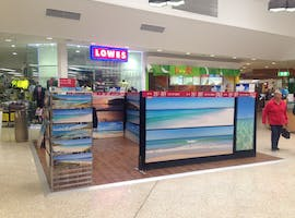 Pop-up shop at Stockland Nowra, image 1