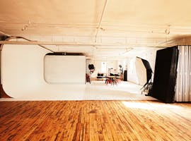 Creative studio at Shooting Birds Studio, image 1