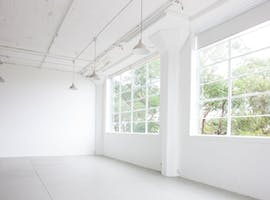 Light-filled photography studio complete with dedicated make-up area, image 1
