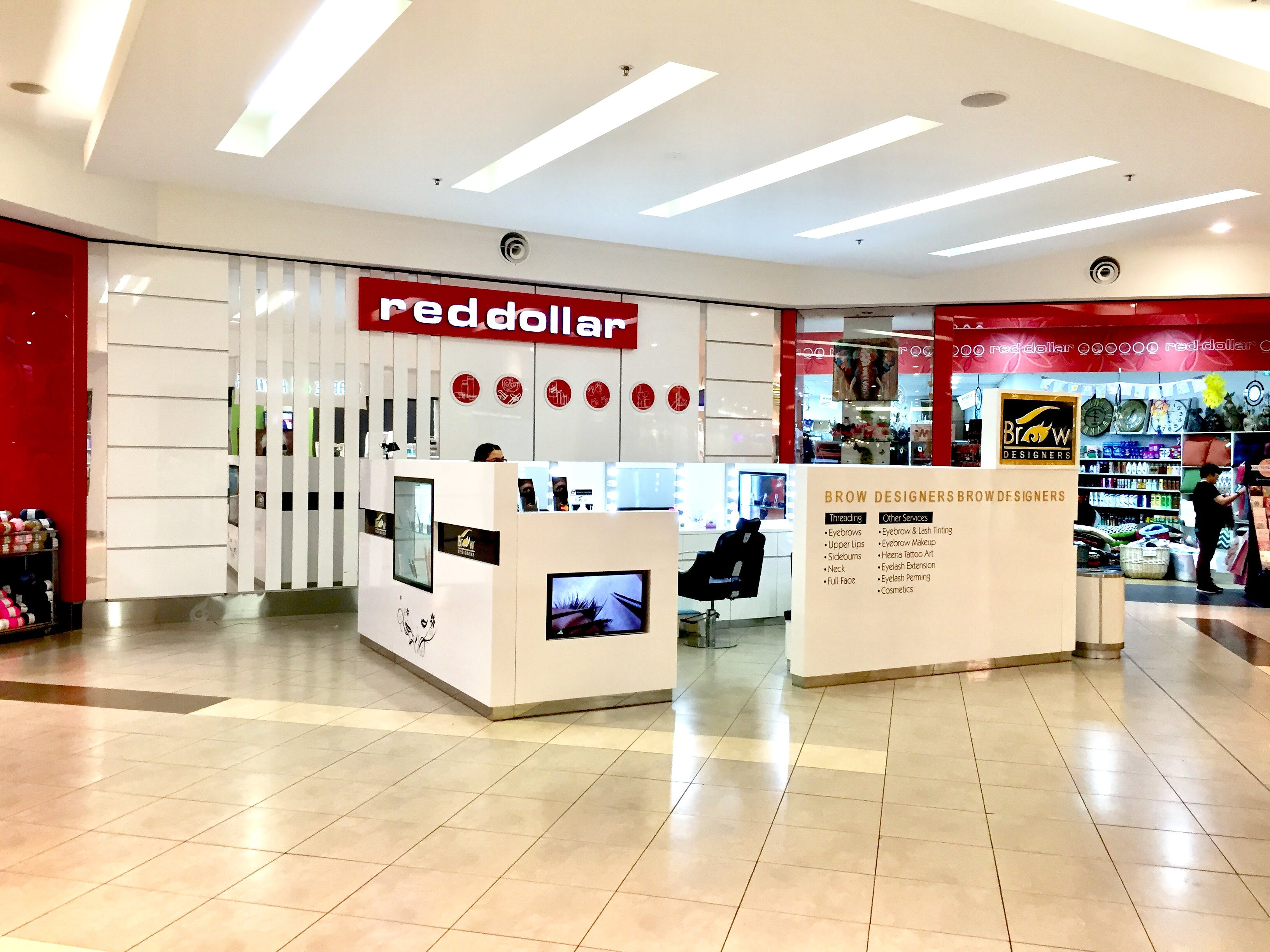 Pop-up shop at Stockland Baulkham Hills, image 1