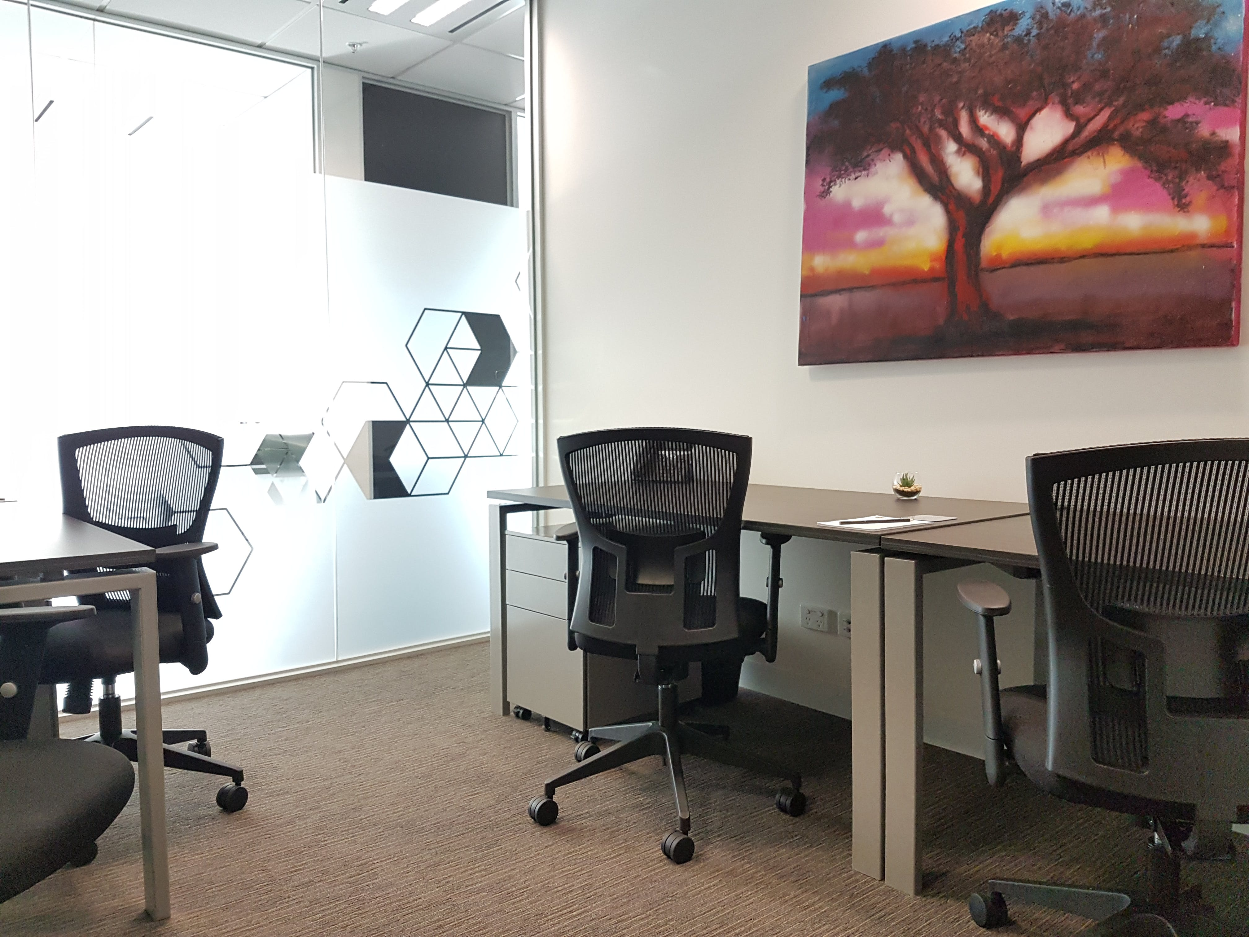 Private office at Dandenong, image 1