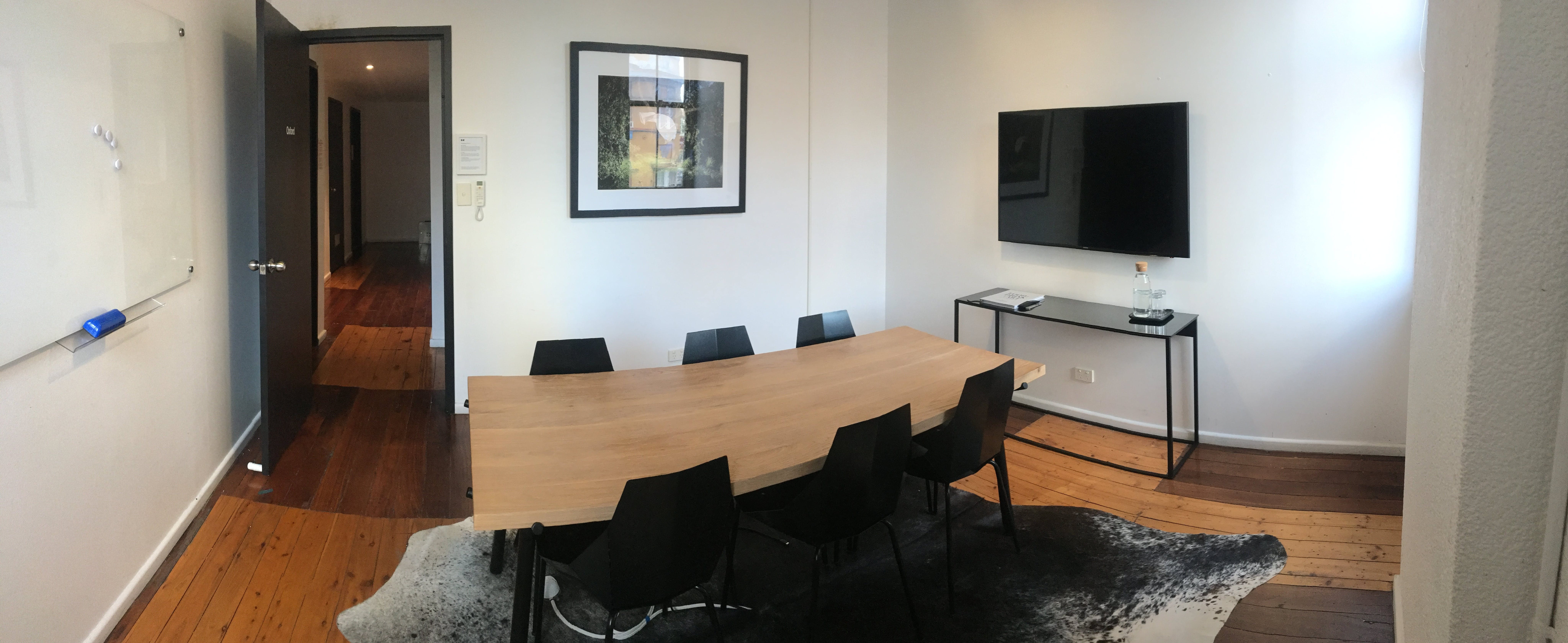 Oxford, meeting room at Desk Space, image 1