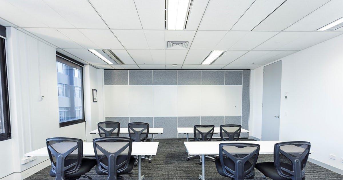 Large training/workshop room with lots of natural light near Sydney CBD, image 1