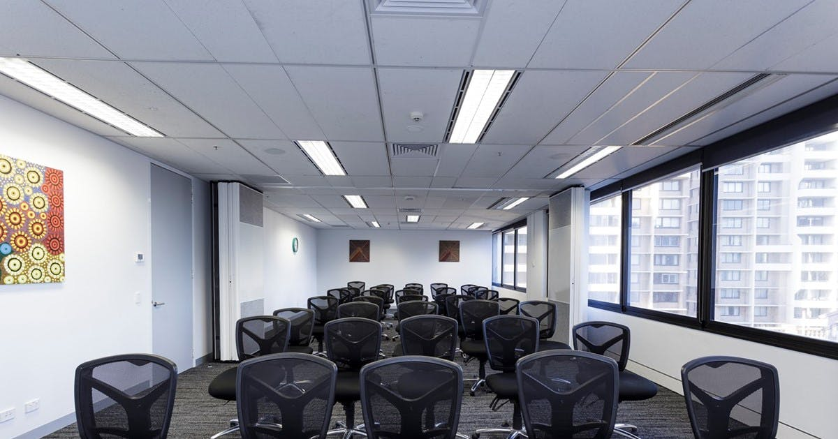 Blackburn & Walker, training room at INS Career Management, image 1