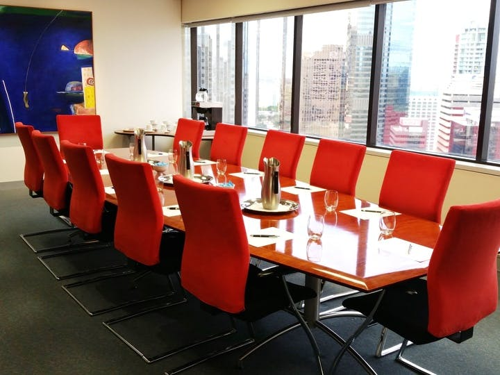 Boardroom, meeting room at IBC Queen Street, image 1