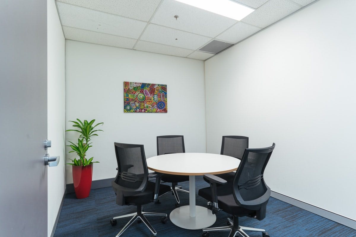 Meeting room at INS, image 1