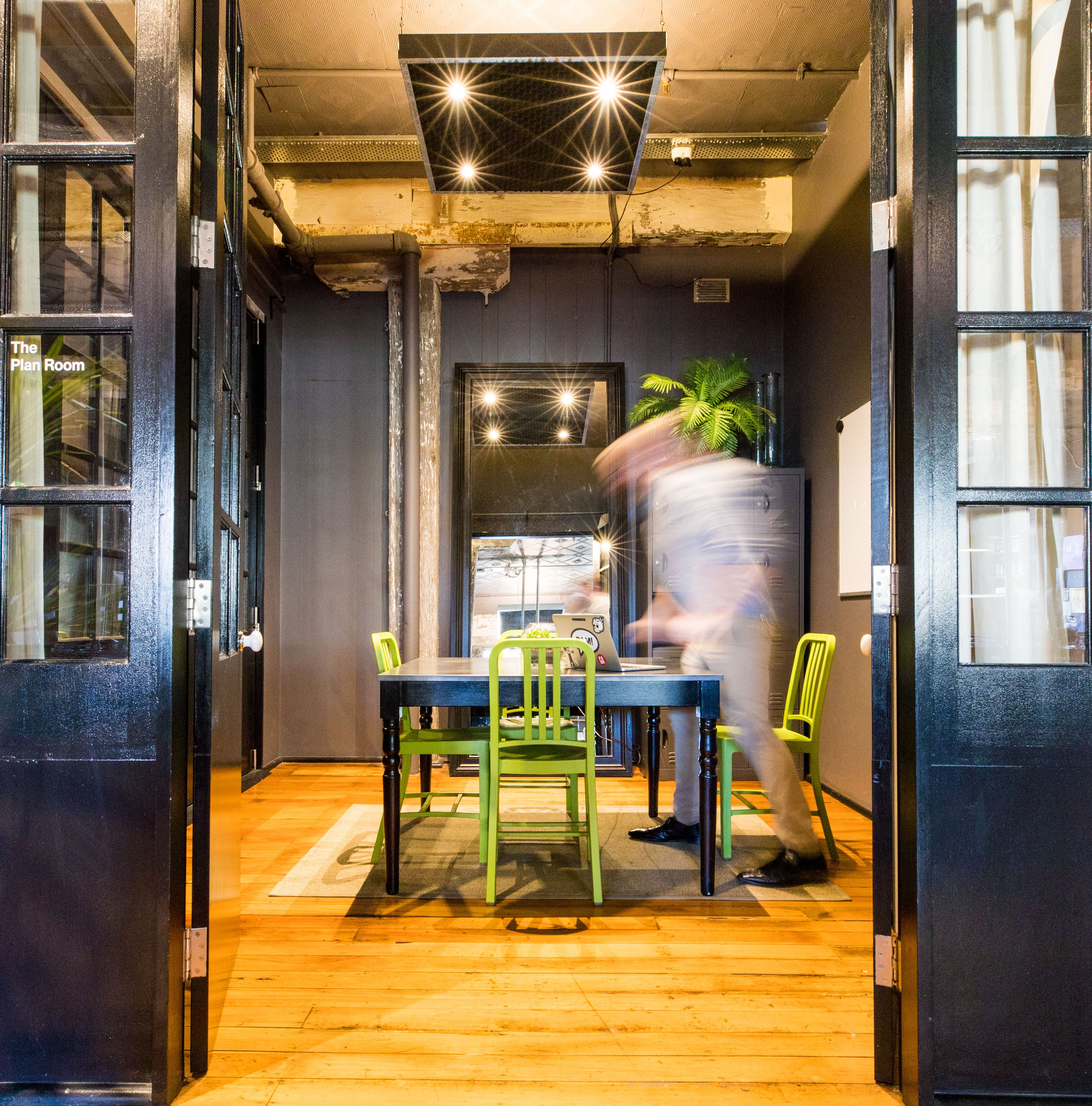 8 Open Plan Desks, dedicated desk at Your Desk Surry Hills, image 2