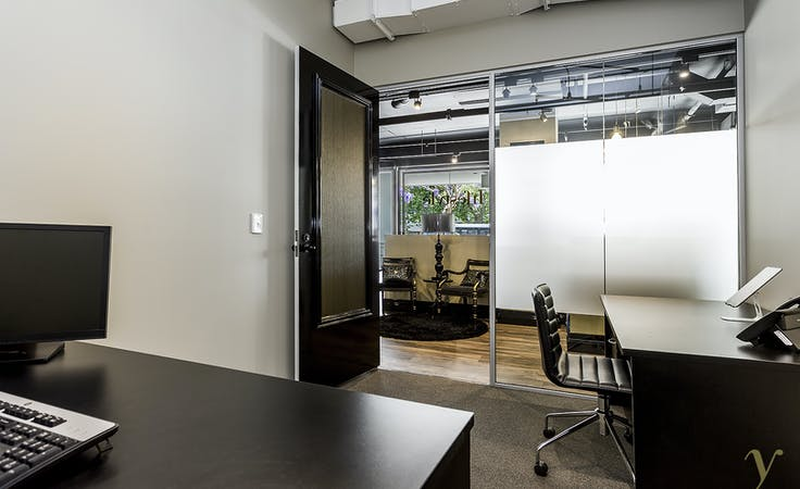 Polished shared office space in the heart of vibrant Woolloomooloo, image 4