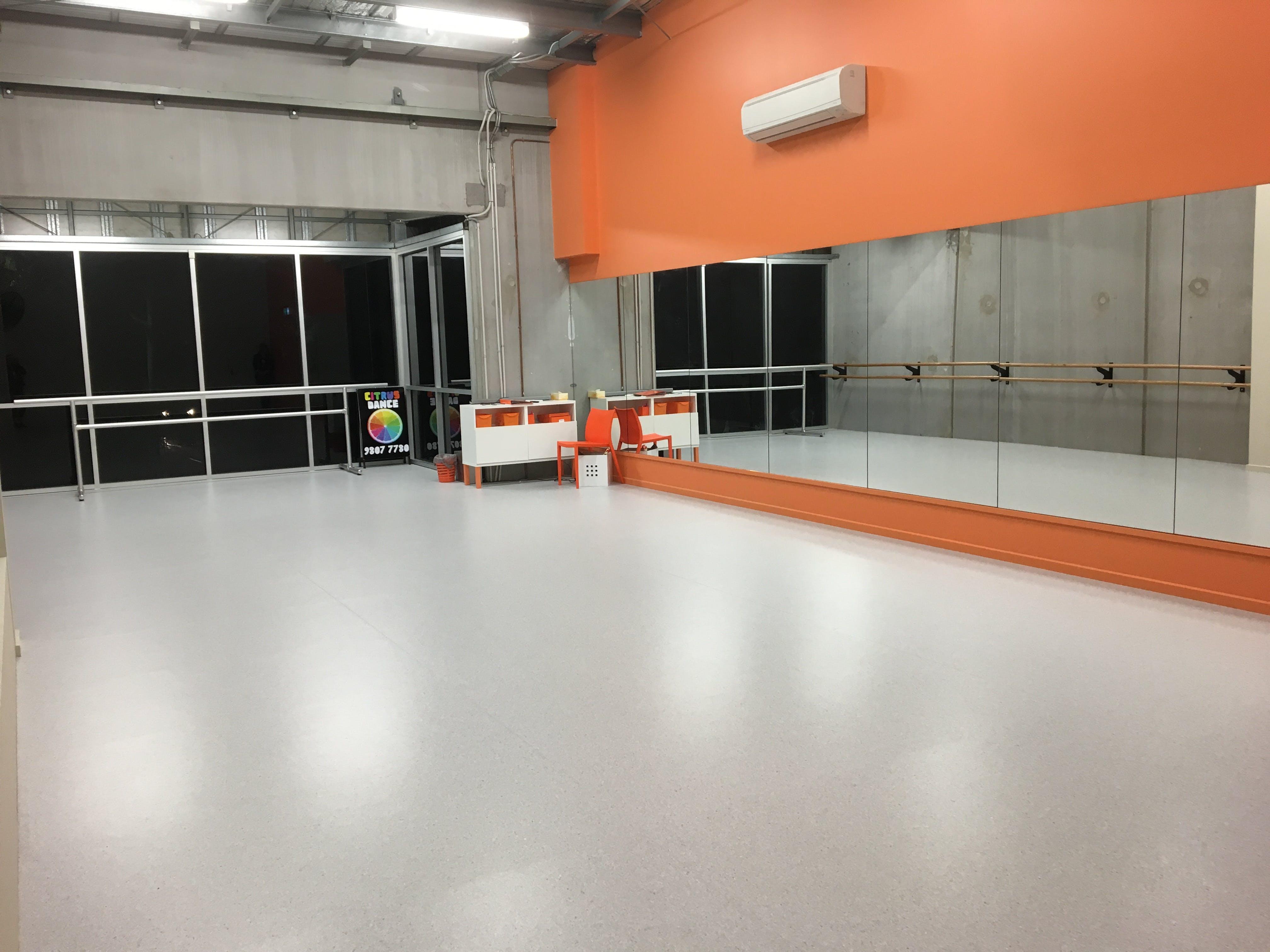 Orange Studio, multi-use area at Citrus Dance, image 1