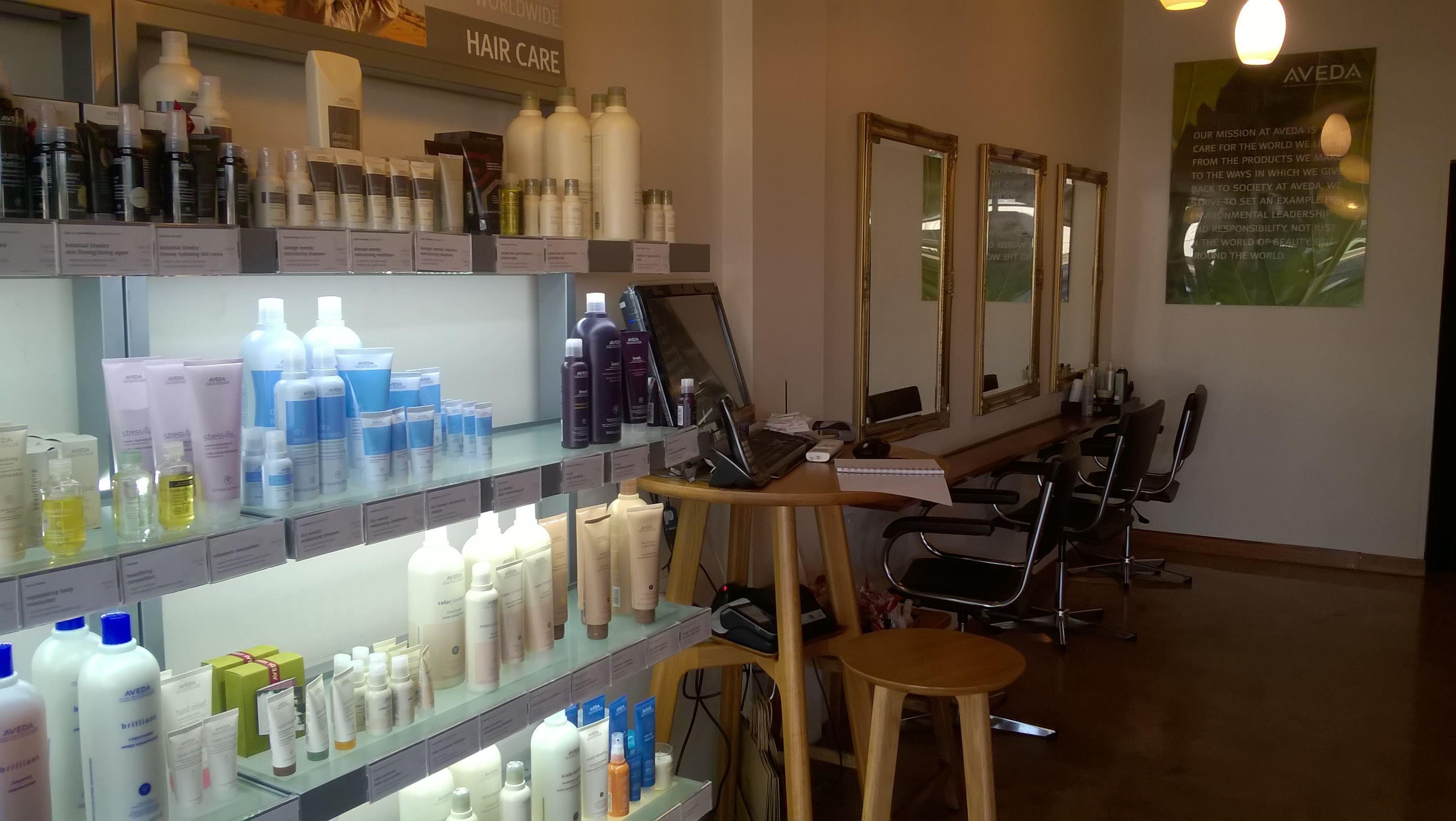 Shop share at Lotus hair salon, image 1