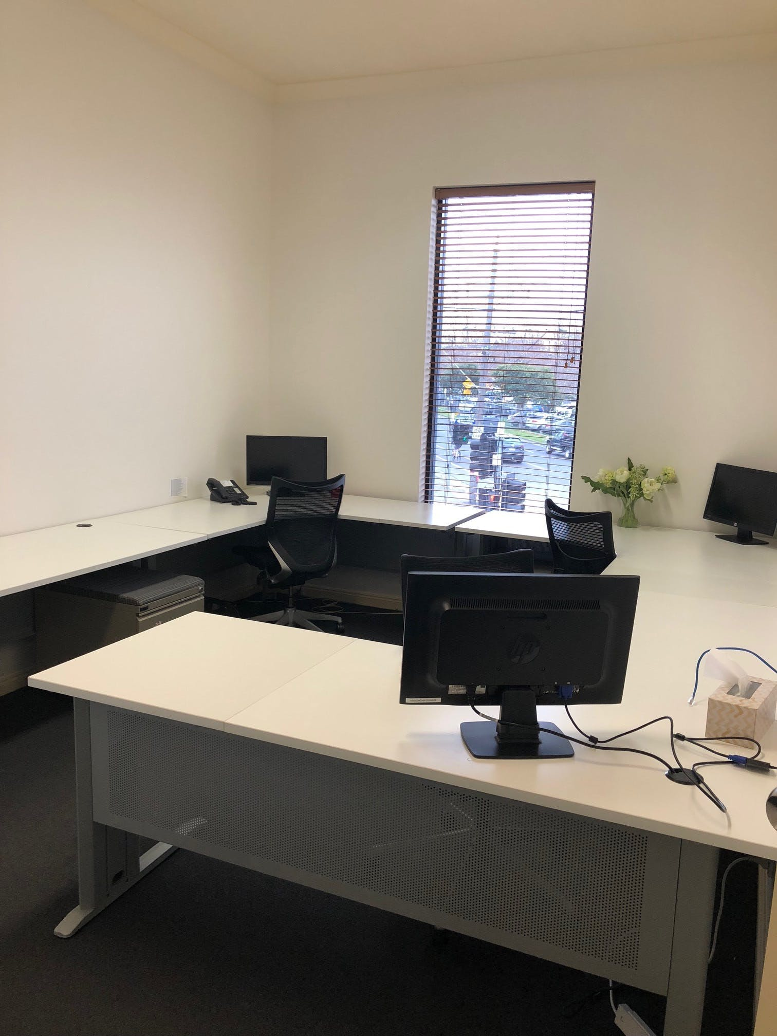 Shared or Private, shared office at Head Office, image 1