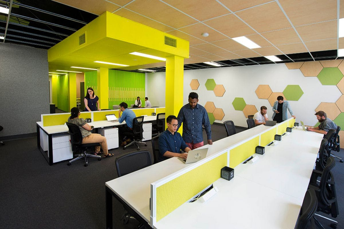 Dedicated desk at I2N Hub Hunter Street, image 1