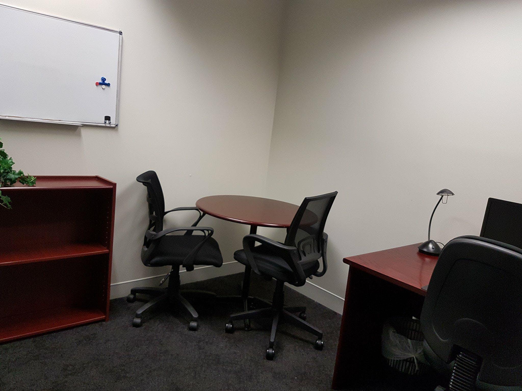Suite 15, serviced office at Milton Business Centre, image 1