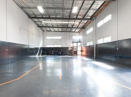 Host your next pop-up shop event in this open plan warehouse space, image 1